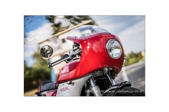 BASE DE CARBONES DE JAWA 350 MOTORCYCLE