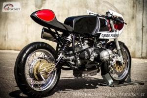 díl na motocyklu BMW R90