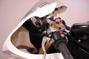 BMW S1000RR 09-14 Vzduchová roura, GFK díl na moto