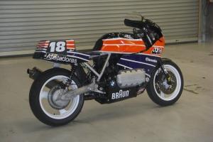 Sedlo original racing replika - široké