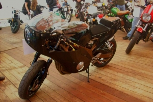 Ducati F1 750cc 1985-1988 Teile Motoforza on bike Honda CBR 600F 91