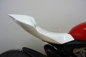 Ducati 1199 (1299) Panigale 2012-2016 seat closed on bike