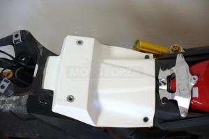 Ducat 1199 Panigale 2012-2014  Výztuha sedla na moto
