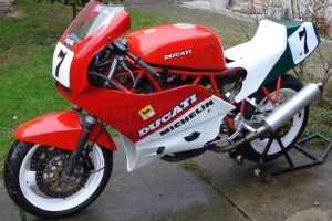 Ducati F1 750cc 1985-1988  parts on bike 900SS 89
