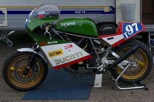 Ducati F1 750 , TT1 - Sedlo verze 2 racing