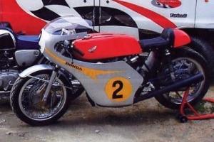 Parts motoforza on bike Honda 500 - Fairing, Tank , seat, screen