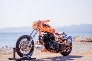 Polokapotáž racing Laverda, Moto Guzzi atd., GFK - na custom motocyklu