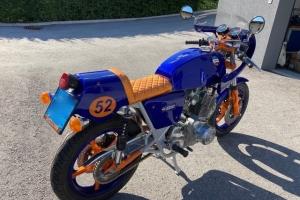 Polokapotáž GFK-sklolaminát Laverda SFC 750, Motoguzzi, Triumph na moto LAVERDA 1000 3CL