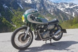 Polokapotáž GFK-sklolaminát Laverda SFC 750, Motoguzzi, Triumph- na moto Yamaha XS 650