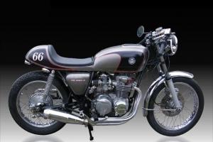 UNI Höcker CAFE RACER V.3 N on Honda CB550 1966