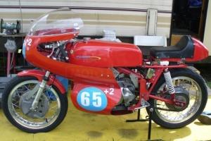 díly Motoforza na motocyklu Aermacchi 250,350-402 59-73, kapotáž, sedlo, plexi, blatník