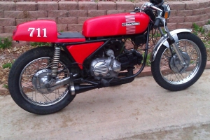Seat on Aermacchi 350ss 1973 - Cafe racer