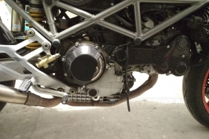 Víko spojky - poloviční Carbon-Kevlar - Ducati Monster S4 2002