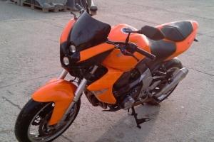 Přední blatník na Kawasaki Z1000 07-