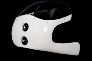 aSET - Polokapotáž Universal s vyřezaným a provrtaným plexi, světlometem 2x50mm, držáky pro světlomet, šrouby na plexi, vhodné pro cafe racer