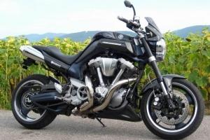 UNI klín pod motor - Verze 1A Suzuki, Cagiva, Kawasaki - na Yamaha MT 01 2003-2009