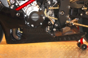 Preview- Motoforza parts on bike Yamaha YZF R1M 2015 with original exhaust