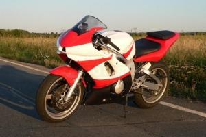 Yamaha YZF R6 1999-2002 parts motoforza on bike