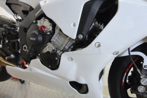 Preview- Motoforza parts on bike Yamaha YZF R1M 2015